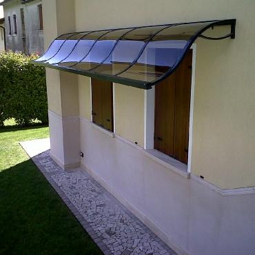 Pensiline in policarbonato e vetro